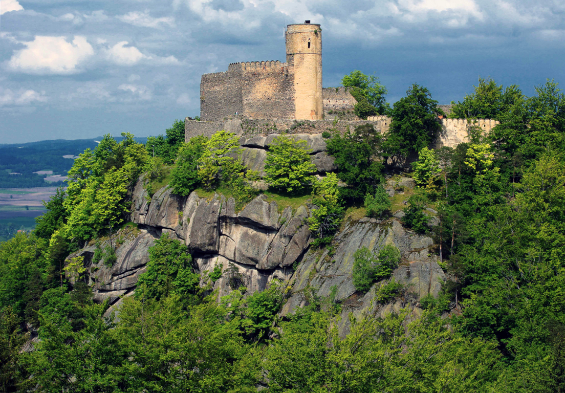 Ruiny zamku Chojnik w Sobieszowie